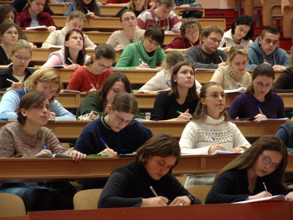 Students-580